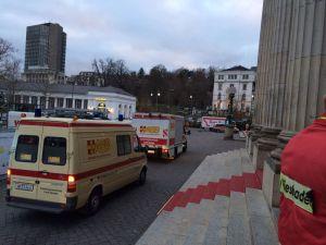Betreuungszentrum am Wiesbadener Kurhaus für Betroffene des Bombenfundes an den Wiesbadener Rhein-Main-Hallen