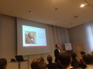 Dieter Schrohe nennt Vor- und Nachteile von Google