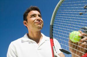 Die städtischen Tennisplätze können diesen Samstag reserviert werden. Foto: Thinkstock