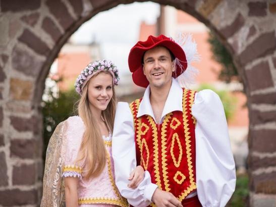 Das Hessentagspaar 2015 Rebecca Ross und Andreas Richhardt. Foto: hessentag2015.de