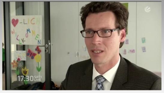 Heute bei Sat.1 17.30 live im TV: Die IHK-Kita und IHK-Geschäftsführer Gordon Bonnet. Bildquelle: SAT.1