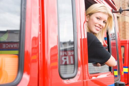 Job bei der Feuerwehr, Ausbildung bei der Stadt oder Busfahrer: Für Alltagshelden gibt es derzeit in Wiesbaden viele Jobs. Foto: Thinkstock