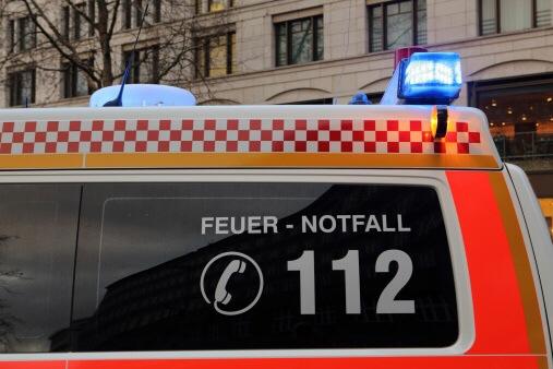Eine Frau (60) wurde beim Feuer in der Breslauer Straße schwer verletzt. Symbolfoto: Thinkstock