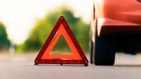 Blau und ohne Führerschein fuhr die Frau (55) über die Verkehrsinsel. Symbolfoto: Thinkstock