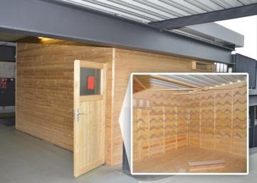 Der Taubenschlag im Lilien-Carré wurde von der iba Wiesbaden gebaut. Erst vor zwei Wochen war der Schlag Opfer von Vandalismus, musste repariert werden. Foto: iba – individuelles betriebliches arbeiten e.V.
