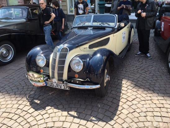 Erkannt? Ein BMW 327/328 Baujahr 1938 mit 80 PS